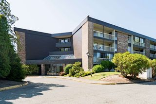 "Photo 1: 220 10631 NO. 3 Road in Richmond: Broadmoor Condo for sale in ""Admiral's Walk"" : MLS®# R2430777"