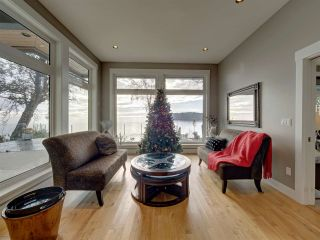 Photo 9: 6169 SUNSHINE COAST Highway in Sechelt: Sechelt District House for sale (Sunshine Coast)  : MLS®# R2523526