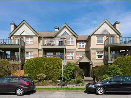 """Main Photo: 104 935 W 15TH Avenue in Vancouver: Fairview VW Condo for sale in """"THE EMPRESS"""" (Vancouver West)  : MLS®# V1059558"""