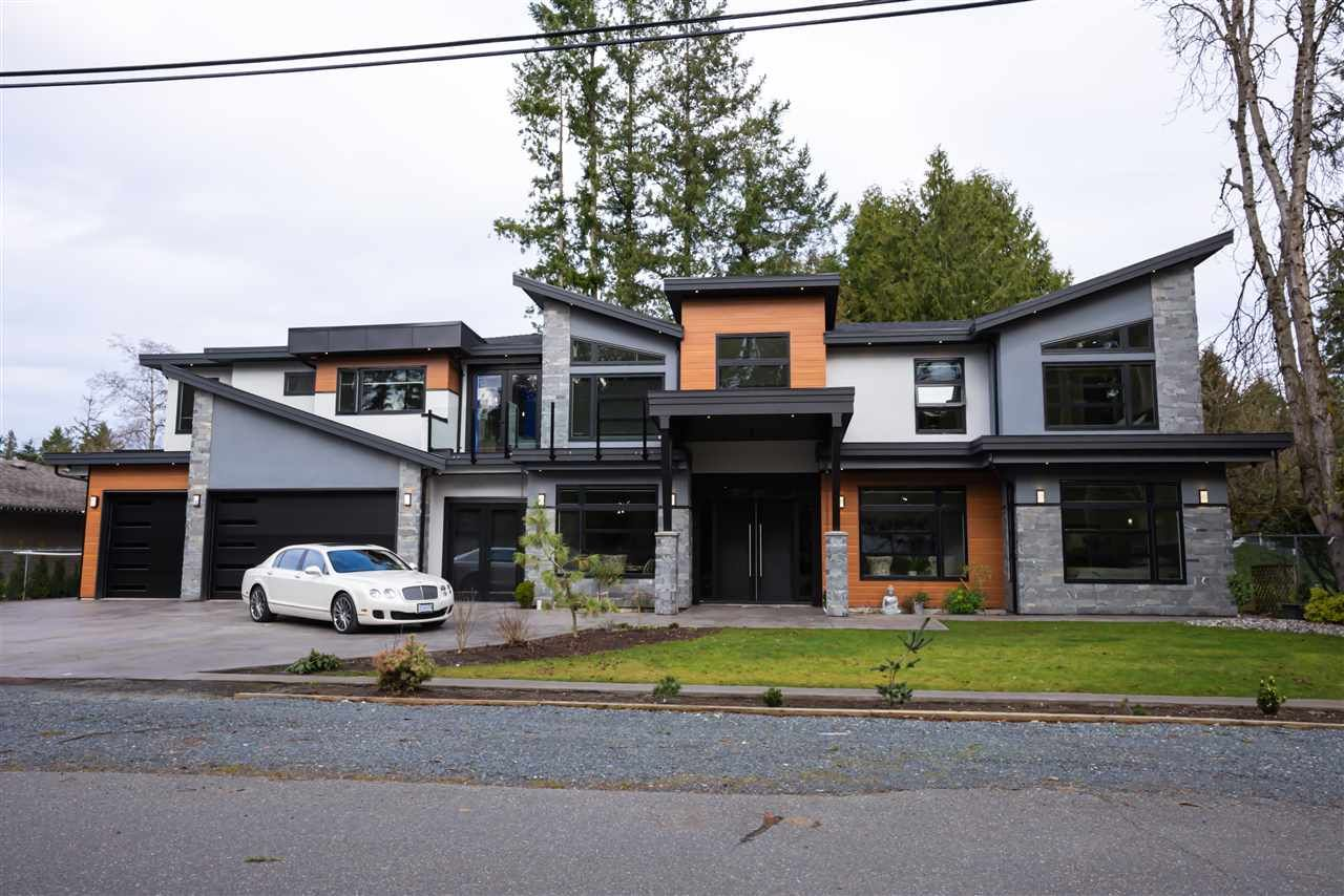 Main Photo: 19955 38 AVENUE in Langley: Brookswood Langley House for sale : MLS®# R2530299