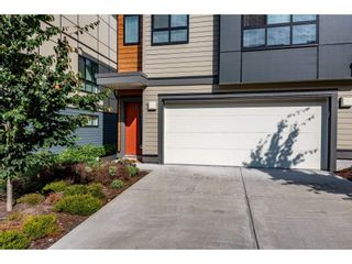 "Photo 4: 6 1968 N PARALLEL Road in Abbotsford: Abbotsford East Townhouse for sale in ""Parallel North"" : MLS®# R2484074"