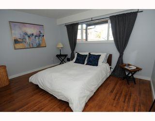 Photo 6: 1017 E 11TH Avenue in Vancouver: Mount Pleasant VE 1/2 Duplex for sale (Vancouver East)  : MLS®# V789077