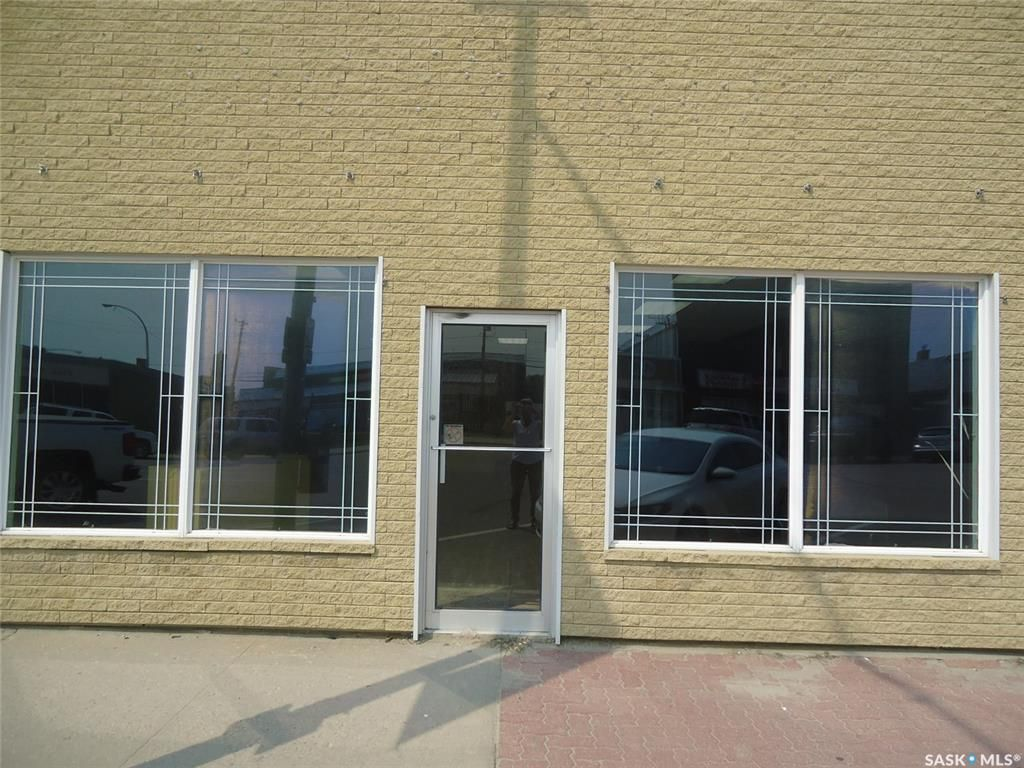 Main Photo: 107 1st Avenue East in Nipawin: Commercial for sale : MLS®# SK834668