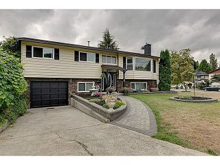 "Photo 1: 20914 ALPINE Crescent in Maple Ridge: Northwest Maple Ridge House for sale in ""CHILCOTIN"" : MLS®# V1024092"