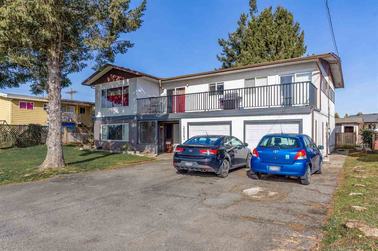 Main Photo: 32563 MARSHALL Road in Abbotsford: Abbotsford West House for sale : MLS®# R2543033