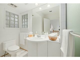 Photo 9: 4925 QUEENSLAND Road in Vancouver: University VW House for sale (Vancouver West)  : MLS®# R2027458