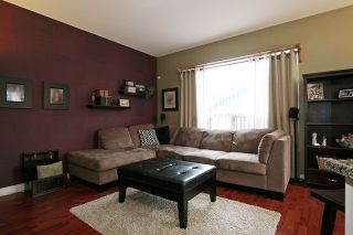 """Photo 11: 18519 64A Avenue in Surrey: Cloverdale BC House for sale in """"CLOVER VALLEY STATION"""" (Cloverdale)  : MLS®# R2026512"""