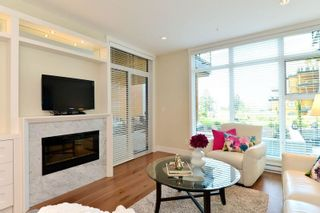 "Photo 11: 213 14855 THRIFT Avenue: White Rock Condo for sale in ""THE ROYCE"" (South Surrey White Rock)  : MLS®# R2092484"