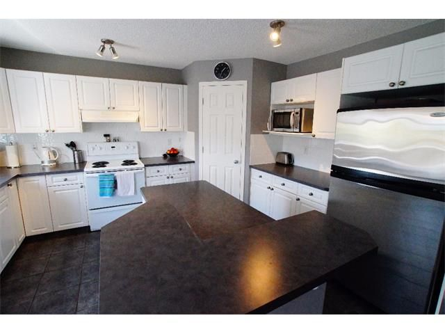 Photo 31: Photos: 34 WESTON GR SW in Calgary: West Springs Detached for sale : MLS®# C4014209