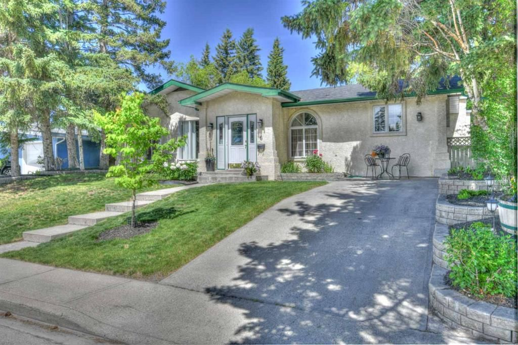 Main Photo: 6 Roseview Drive NW in Calgary: Rosemont Detached for sale : MLS®# A1138101