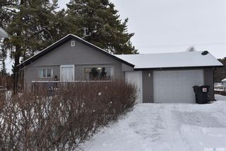 Photo 2: 221 6th Street North in Nipawin: Residential for sale : MLS®# SK846827