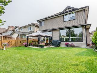 """Photo 3: 8361 211B Street in Langley: Willoughby Heights House for sale in """"Yorkson"""" : MLS®# F1421990"""