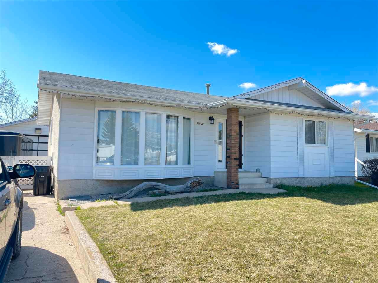 Main Photo: 10620 106 A Avenue: Westlock House for sale : MLS®# E4243334