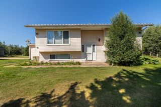 Photo 2: 49266 RGE RD 274: Rural Leduc County House for sale : MLS®# E4258454