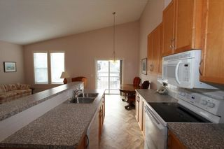 Photo 4: 225 ROYAL CREST View NW in Calgary: Royal Oak House for sale : MLS®# C4164190