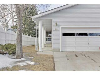 Photo 1: 75 LINCOLN Manor SW in Calgary: Lincoln Park House for sale : MLS®# C3654856
