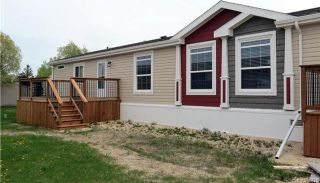 Photo 1: 36 Timber Lane in St Clements: Pineridge Trailer Park Residential for sale (R02)  : MLS®# 1806699
