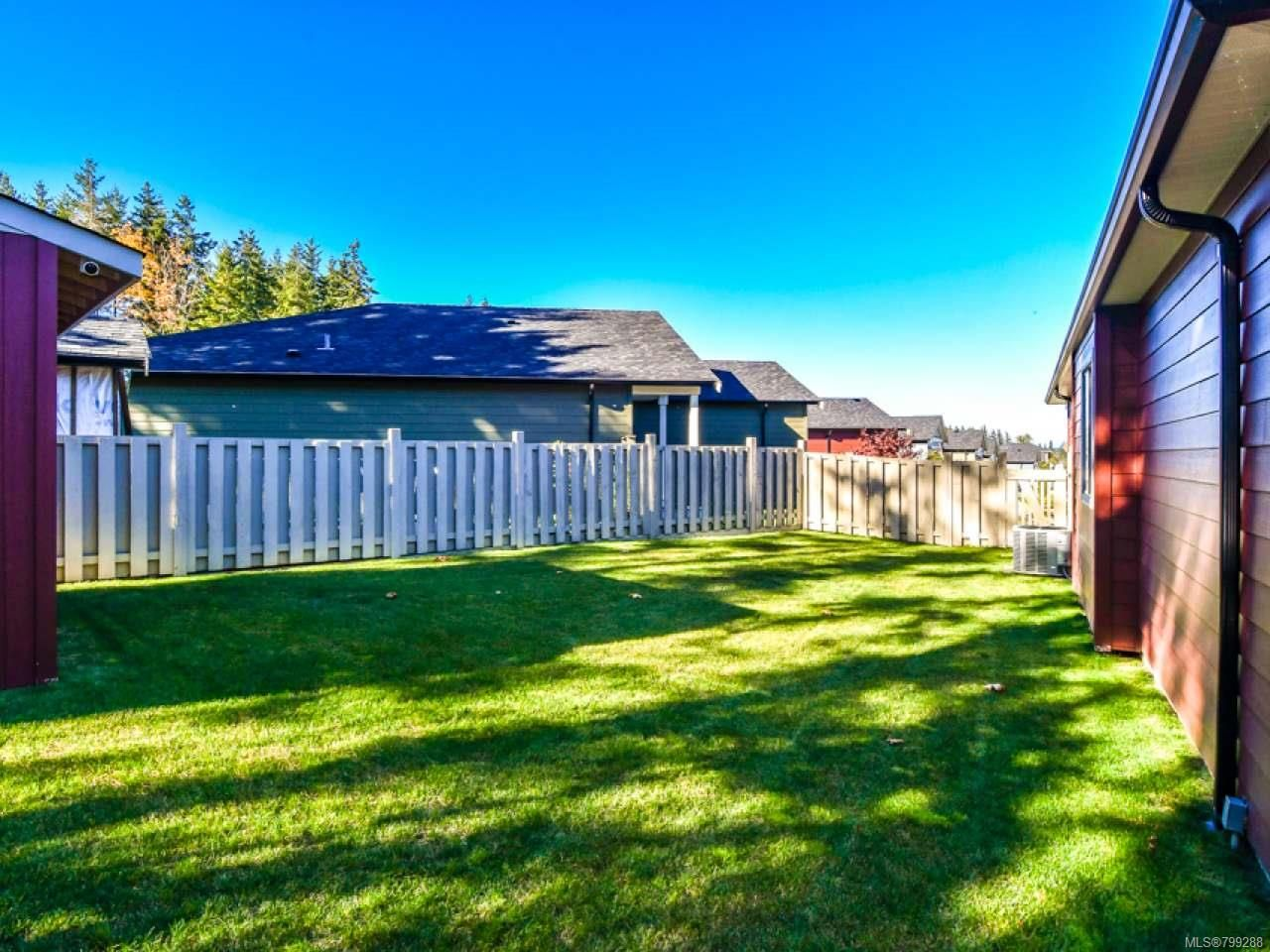 Photo 12: Photos: 11 301 Arizona Dr in CAMPBELL RIVER: CR Willow Point Half Duplex for sale (Campbell River)  : MLS®# 799288