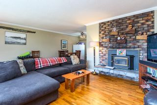 Photo 3: 2223 Strathcona Cres in : CV Comox (Town of) House for sale (Comox Valley)  : MLS®# 876806