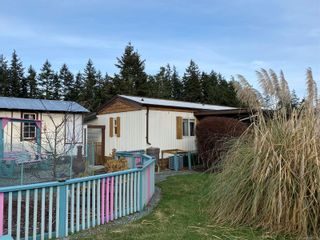 Photo 39: 2091 Stadacona Dr in : CV Comox (Town of) Manufactured Home for sale (Comox Valley)  : MLS®# 863711