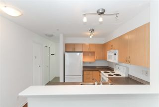 Photo 5: 209 137 E 1ST Street in North Vancouver: Lower Lonsdale Condo for sale : MLS®# R2240977