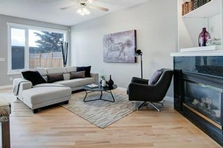 Photo 8: 2010 Broadview Road NW in Calgary: West Hillhurst Semi Detached for sale : MLS®# A1072577