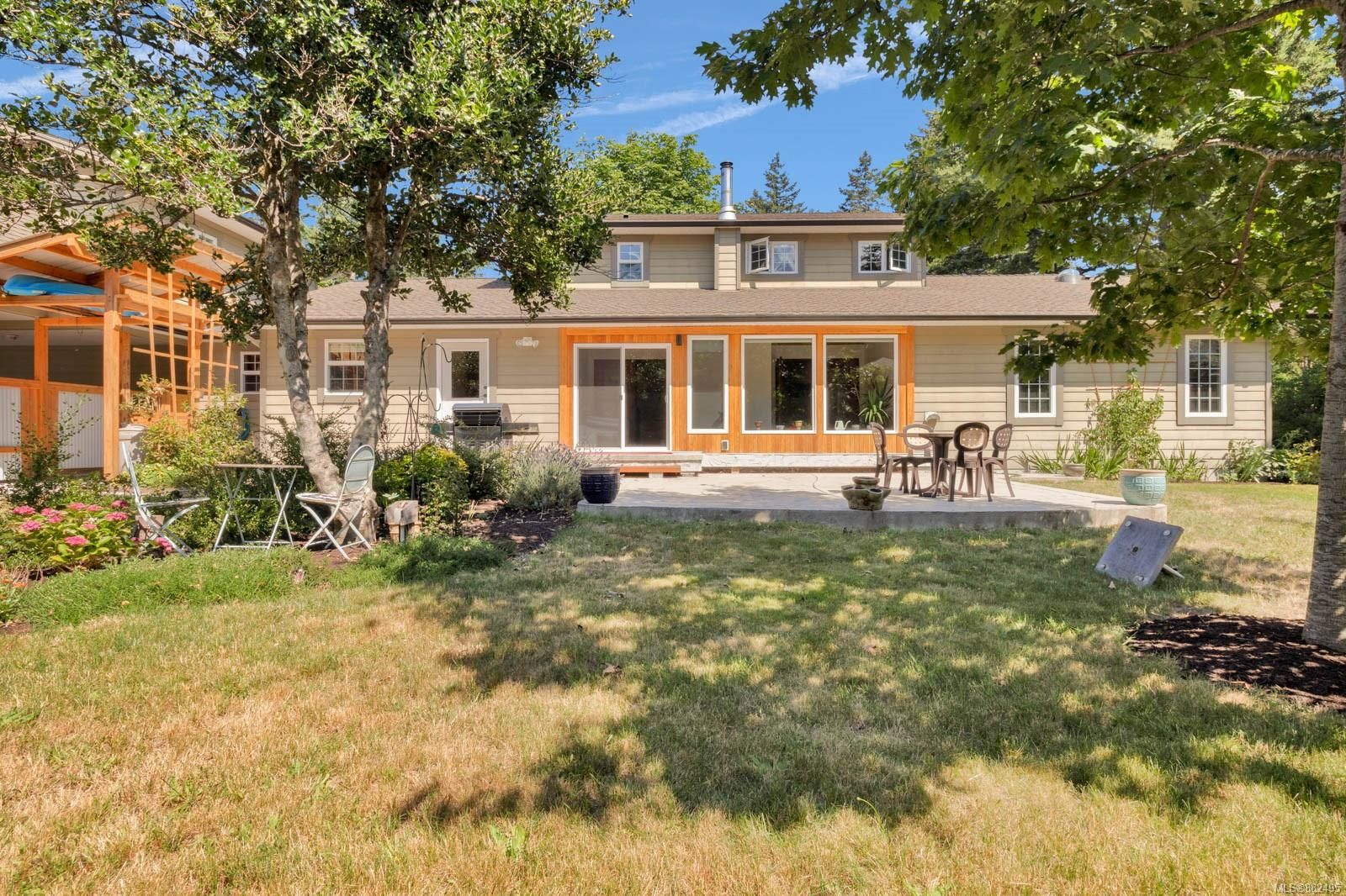 Photo 31: Photos: 375 Butchers Rd in : CV Comox (Town of) House for sale (Comox Valley)  : MLS®# 882495