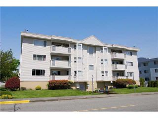 "Photo 1: 304 22213 SELKIRK Avenue in Maple Ridge: West Central Condo for sale in ""CAMBRIDGE HOUSE"" : MLS®# V889874"