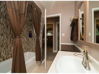 Photo 12: 13527 BRYAN Place in Surrey: Queen Mary Park Surrey House for sale : MLS®# F1423128