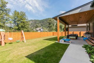 """Photo 20: 1555 JUDD Road in Squamish: Brackendale House for sale in """"BRACKENDALE"""" : MLS®# R2012309"""