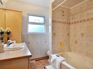 Photo 5: 7964 GOODLAD Street in Burnaby: Burnaby Lake 1/2 Duplex for sale (Burnaby South)  : MLS®# V864351