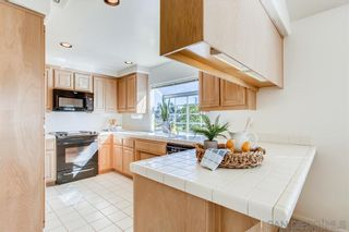 Photo 9: CROWN POINT Townhouse for sale : 3 bedrooms : 3706 Haines St in San Diego