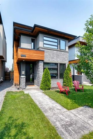 Main Photo: 2112 29 Avenue SW in Calgary: Richmond Detached for sale : MLS®# A1133877