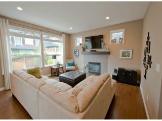 "Photo 7: 18103 70A Avenue in Surrey: Cloverdale BC House for sale in ""Provinceton"" (Cloverdale)  : MLS®# F1315735"