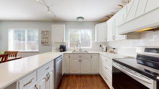 Photo 2: 6210 SITKA Road in Sechelt: Sechelt District House for sale (Sunshine Coast)  : MLS®# R2569376