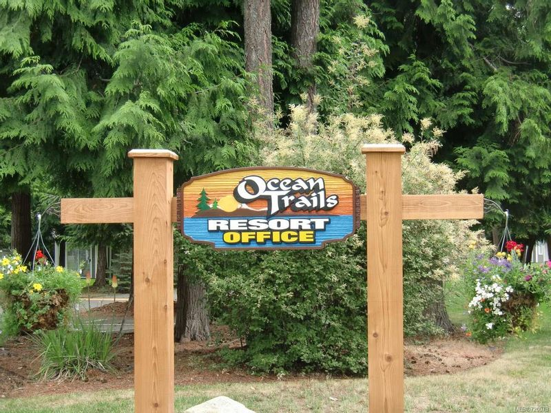 FEATURED LISTING: 9 - 1135 Resort Dr PARKSVILLE