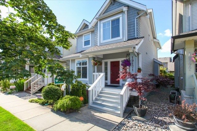 Main Photo: 19171 68 STREET in Cloverdale: Home for sale : MLS®# R2080046