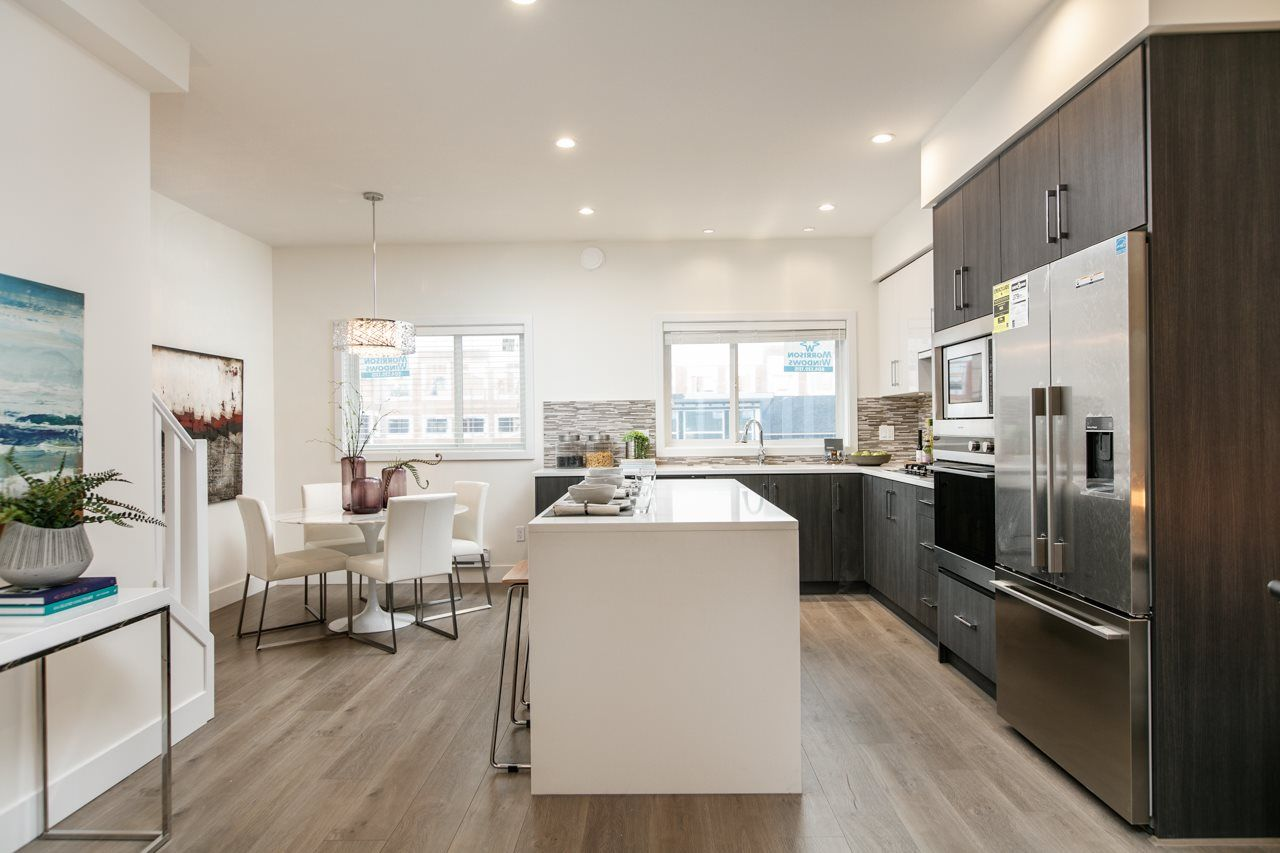 Main Photo: 15 9680 ALEXANDRA ROAD in Richmond: West Cambie Townhouse for sale : MLS®# R2146282