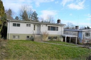 Photo 1: 239 MUNDY STREET in Coquitlam: Coquitlam East House for sale : MLS®# R2536964