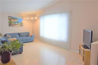 Photo 3: 47 Forest Lake Drive in Winnipeg: Waverley Heights Residential for sale (1L)  : MLS®# 1831974