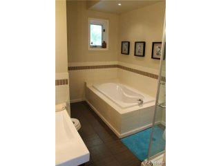Photo 8: 215 Berry Street in WINNIPEG: St James Residential for sale (West Winnipeg)  : MLS®# 1417110