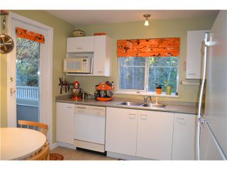 """Photo 6: 321 1252 TOWN CENTRE Boulevard in Coquitlam: Canyon Springs Condo for sale in """"THE KENNEDY"""" : MLS®# V1046370"""