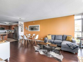 """Photo 7: 404 2138 MADISON Avenue in Burnaby: Brentwood Park Condo for sale in """"MOSAIC / RENAISSANCE"""" (Burnaby North)  : MLS®# R2212688"""