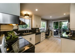 Photo 8: 5275 SPRINGDALE Court in Burnaby: Parkcrest House for sale (Burnaby North)  : MLS®# R2100952