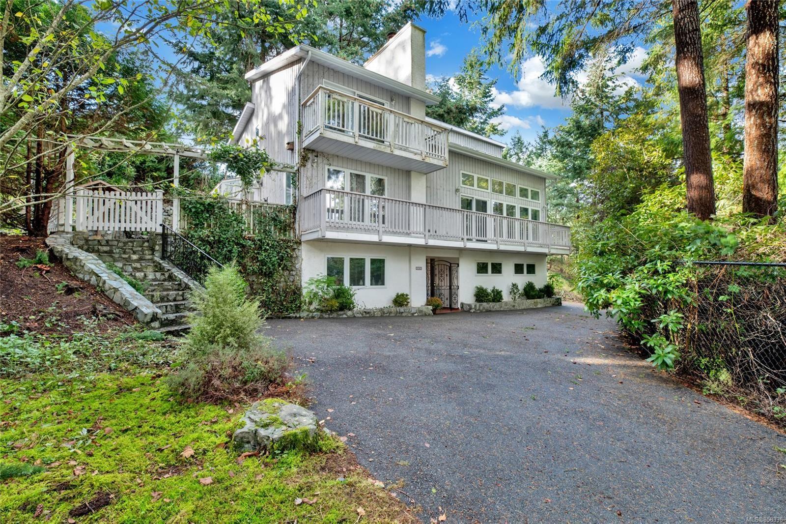 Main Photo: 3565 Hammond Bay Rd in : Na Hammond Bay House for sale (Nanaimo)  : MLS®# 858336