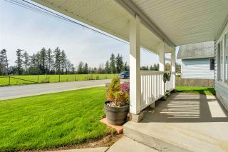 Photo 3: 3046 MCMILLAN Road in Abbotsford: Abbotsford East House for sale : MLS®# R2560396