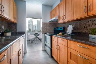 "Photo 4: 902 4300 MAYBERRY Street in Burnaby: Metrotown Condo for sale in ""TIME SQUARES"" (Burnaby South)  : MLS®# R2151858"