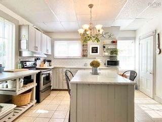 Photo 5: 157 COTTAGE Street in Berwick: 404-Kings County Residential for sale (Annapolis Valley)  : MLS®# 202125237