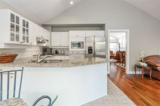 """Photo 11: 28 4055 INDIAN RIVER Drive in North Vancouver: Indian River Townhouse for sale in """"Winchester"""" : MLS®# R2540912"""