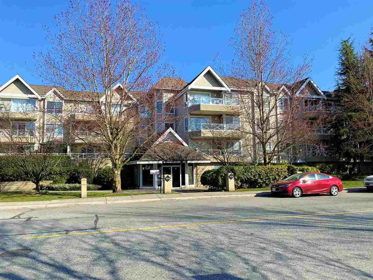 """Main Photo: 108 5556 201A Street in Langley: Langley City Condo for sale in """"Michaud Gardens"""" : MLS®# R2450874"""